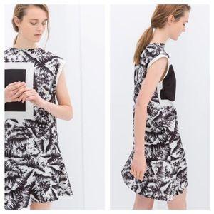 Zara Neoprene Printed Asymmetric Dress Sz Medium